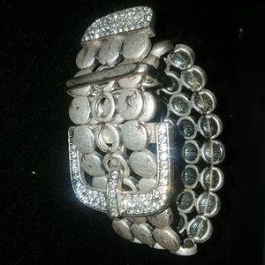Premier Designs stretchy buckle bracelet
